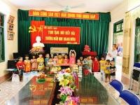 Tuấn Nguyễn Travel trao tặng điều hòa cho trường mầm non Quang Hưng